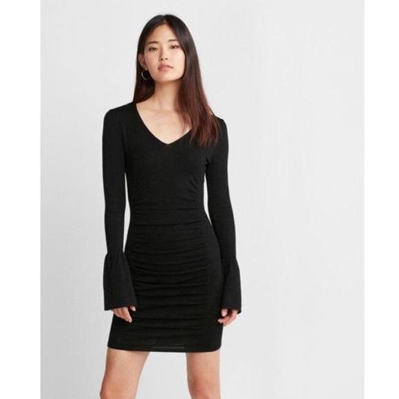 8077c4adb308e  express  🆕 v-neck bell sleeve ruched dress